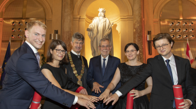 "Graduation ""sub auspiciis"" for Maria Eichlseder and Peter Pessl"